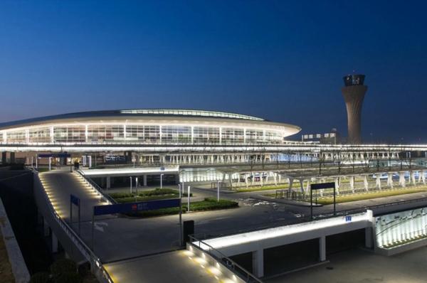 山东机场亮化